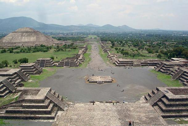 View of the Avenue of the Dead and the Pyramid of the Sun, from Pyramid of the Moon, Teotihuacan.