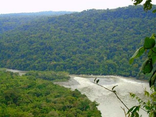View of the Pastaza River from a hill at Tayu Jee. Photo credit: the author (2016)