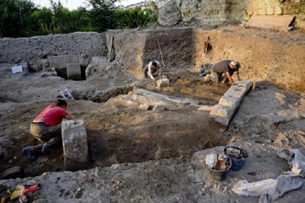 View of the excavations at Cumae. Credit: © E. Lupoli, Jean Bérard Centre. CNRS/École française de Rome