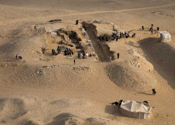 View of the tomb of Kaires AC 33 from the top of the pyramid of Neferirkare. (Image: Czech Institute of Egyptology)