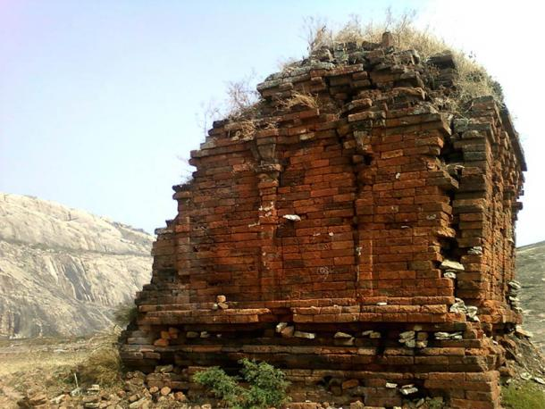 A view of ruined Jain temple on Bodhikonda, India (CC BY-SA 3.0)