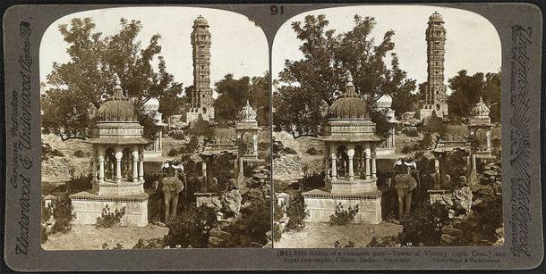 The Vijay Stambha, or Tower of Victory, was erected by Rana Kumbha in the 1400s to commemorate his victory over the Sultan of Malwa. The Vijay Stambha is an imposing piece of architecture, rising to a height of 37.2 m (122 feet). (Public domain)