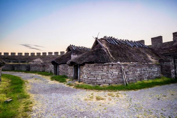 Village inside Eketorp fortress (Fotolia)