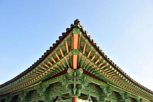 Visible T'ang architectural influence in the detail of the pavilion roof (Yeongsik Im / Adobe Stock)