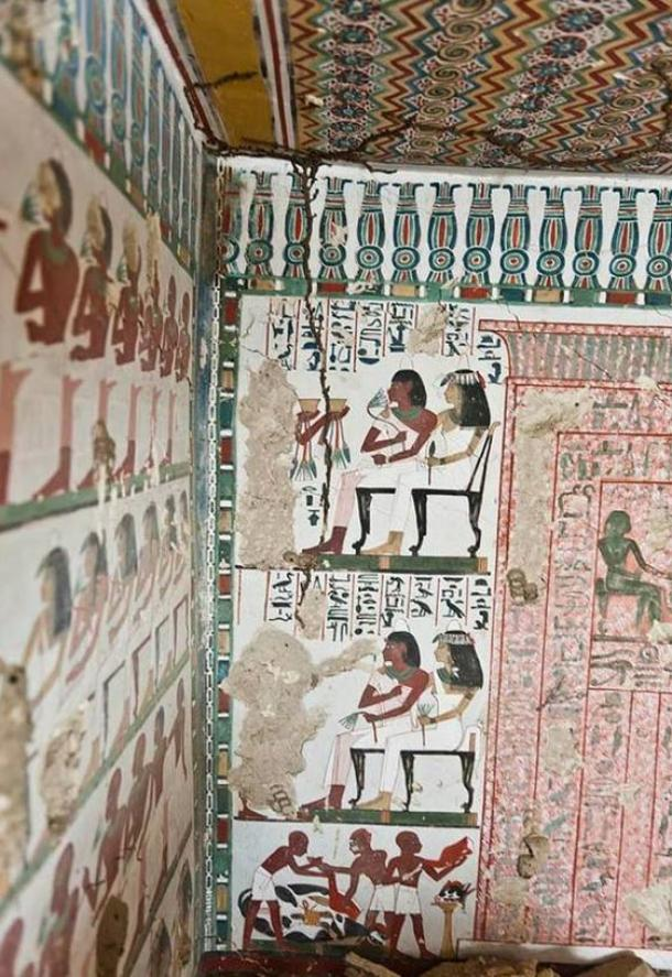 Vivid paintings inside the tomb of Sa-Mut and Ta Khaeet
