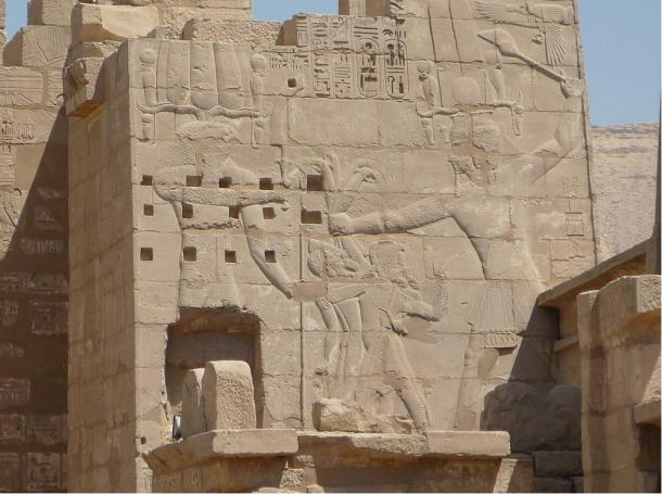 Wall Relief of Ramses III fighting the People of the Sea, on Migdol at Medinet Habu, Theban Necropolis, Egypt