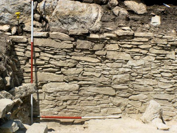Wall of imported Naxian marble, Trench I, Dhaskalio