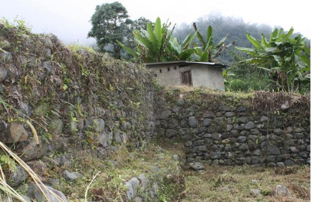 Walls and ruins at Malqui-Machay, Ecuador, one of the sites searched for evidence of the tomb of the last Inca emperor.