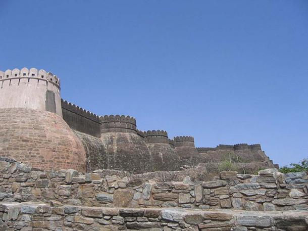 Walls of the Kumbhalgarh Fort.