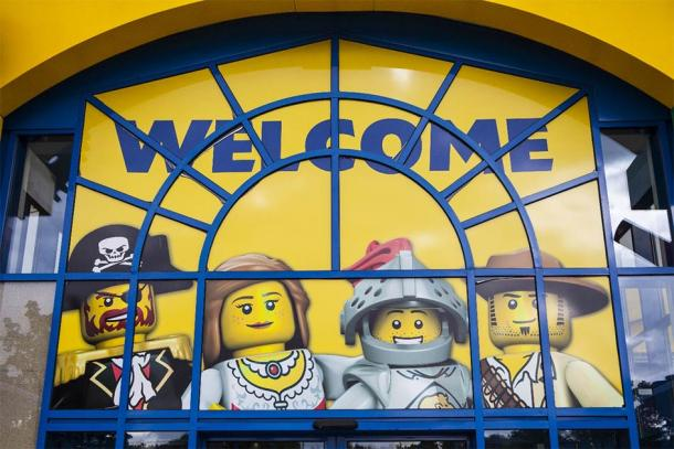 Welcome to LEGOLAND   (chrisdorney / Adobe Stock)