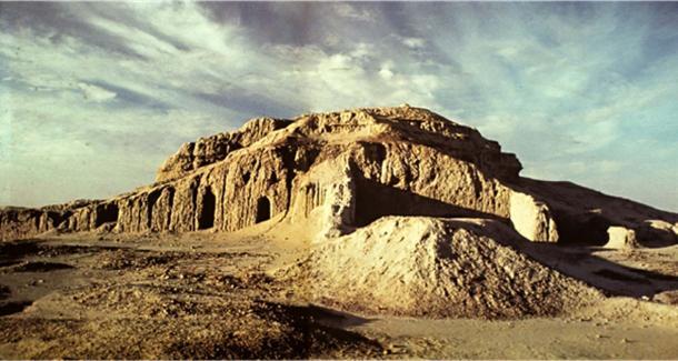 The White Temple and Ziggurat.