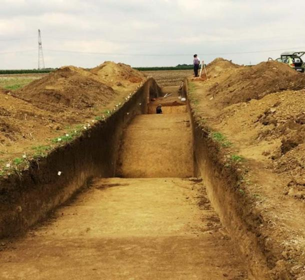 Work will continue at the site of the Bronze Age citadel next year. (Aradon Romania)