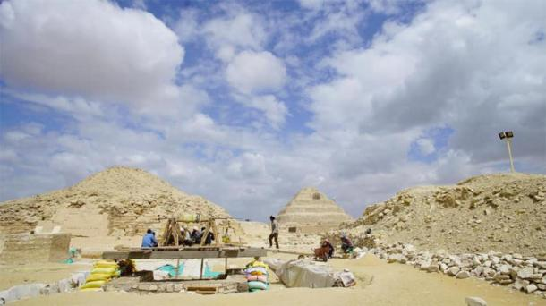 The Mummification Workshop Complex at Saqqara. The famous step pyramid of Saqqara can be seen in the background. Credit: Ministry of Tourism and Antiquities