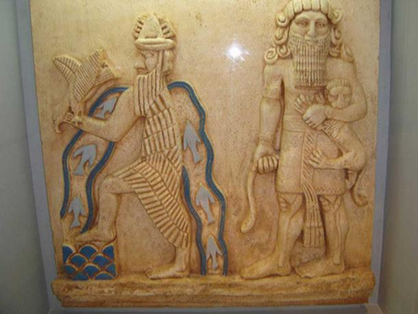 It has been suggested that the figure on the left is Ziusudra.