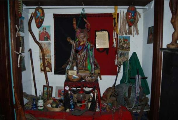 Example of a Voodoo altar.
