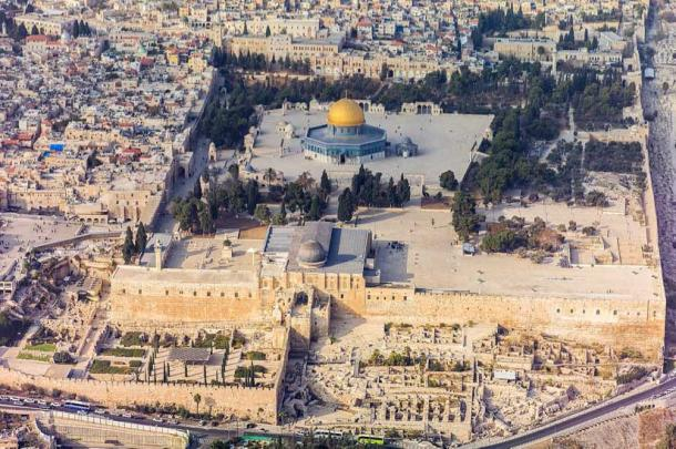 Aerial view of Temple Mount Moriah. (Godot13 / CC BY-SA 4.0)