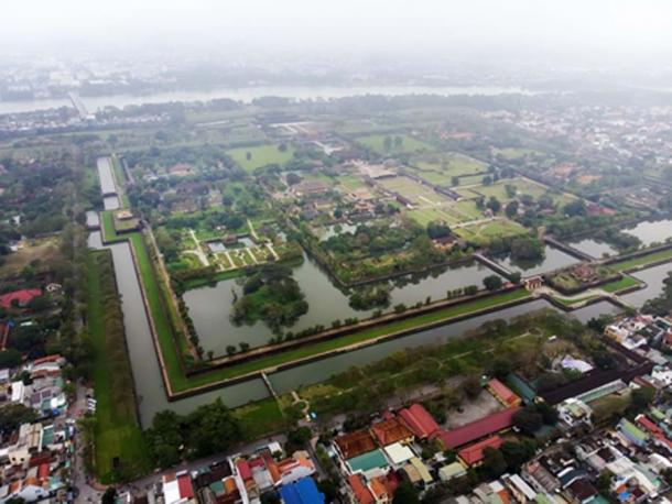 Aerial view of the Imperial City of Hue, Vietnam (diy13/ Adobe Stock)
