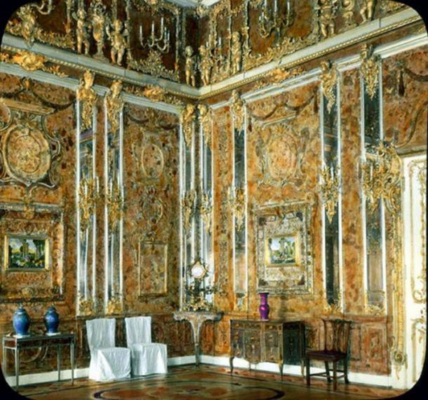 The original Amber Room, 1931.