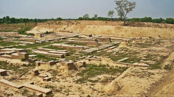 The ancient Harappan settled along the Saraswati River. (HassanNaul / CC BY-SA 3.0)