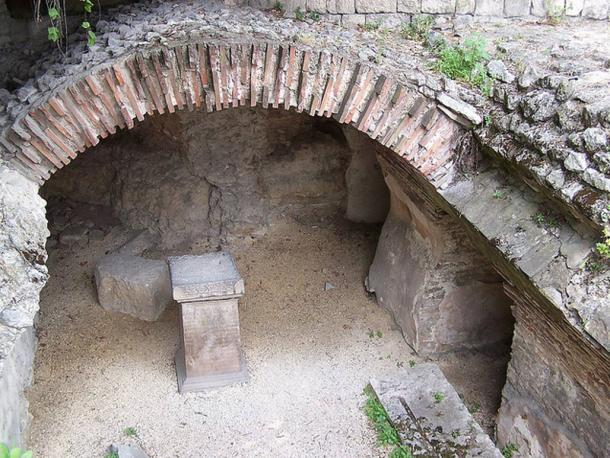 The end arches survive in this part of the ancient Roman bathing complex (thermae) with the roof mostly gone. Representational image.