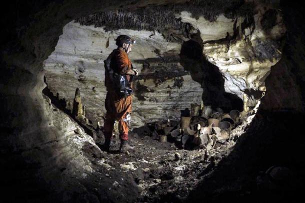 The archaeologist Guillermo de Anda next to the artifacts found in the Balamkú cave at the Maya ruins of Chichén Itzá. (Karla Ortega / GAM)