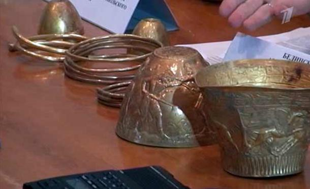 Secret Chamber in Scythian Burial Mound Revealed Golden Treasure of Drug-Fuelled Rituals - Russia