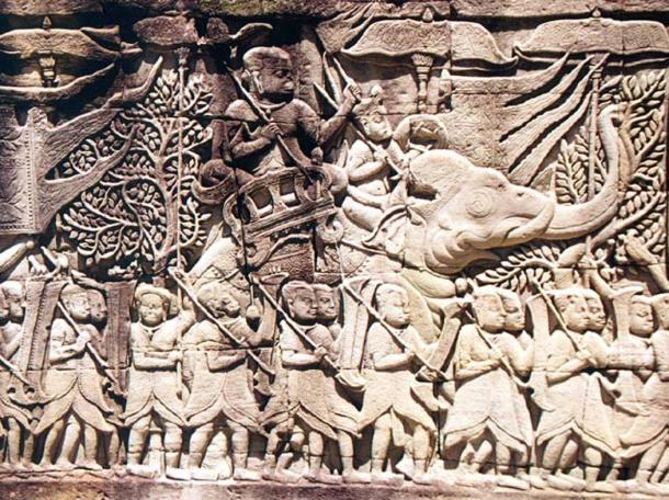 Bas-relief carving from the eastern gallery shows a Khmer army on the march.