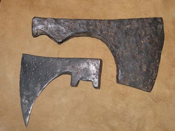 """A Viking """"bearded axe"""" blade circa 1000 (top), and a German horseman's axe blade circa 1100 (bottom). (Incitatus/CC BY SA 3.0)"""