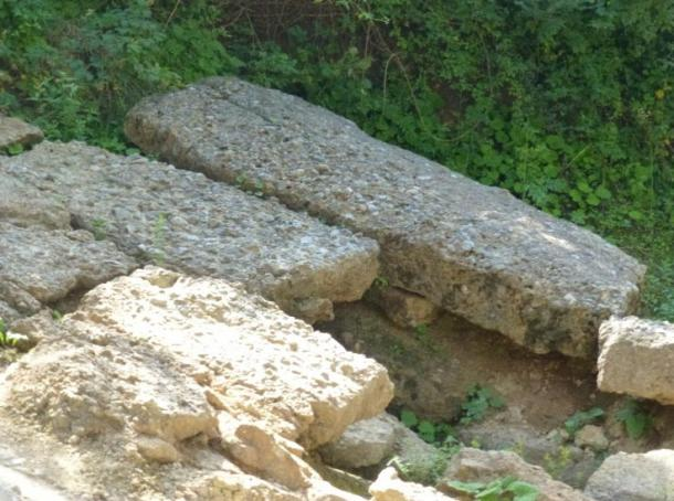 Some blocks that can be found on the Bosnian Sun pyramid. Author provided.