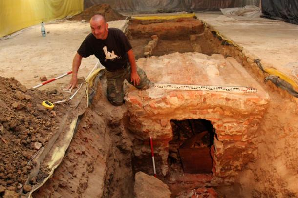 The bones of St. Jadwiga were found by chance during conservation work at the church in Silesia. (trzebnica.pl)