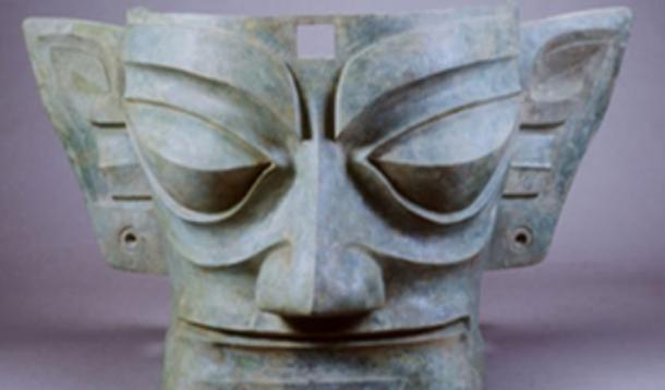 A bronze mask of Sanxingdui. (Asian Civilisations Museum)
