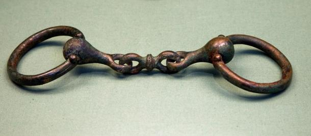 A bronze snaffle bit from an Arras culture burial in Yorkshire, now in the British Museum
