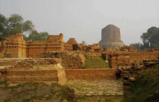 Ancient Buddhist monasteries near Dhamekh Stupa Monument Site, Sarnath