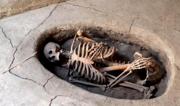 Burial at Aşıklı Höyük