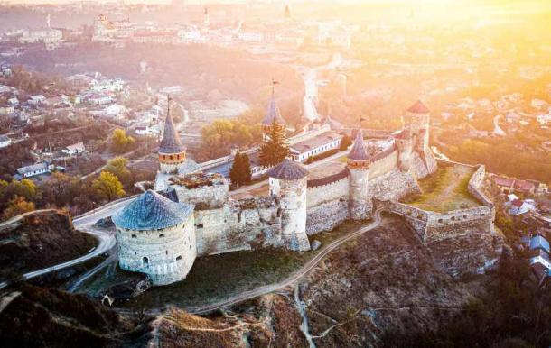 The Kamianets-Podilskyi Castle fell to besiegers only twice in its long history. (Alex Green /Adobe Stock)