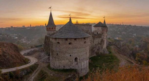 The castle is considered to be one of the 'Seven Wonders of Ukraine.' (Arsgera /Adobe Stock)