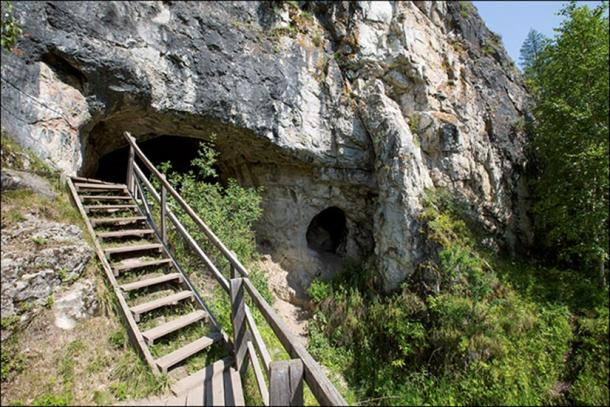 The cave lies in the Altai Mountains around 160 kilometers (100 miles) south of the city of Barnaul.