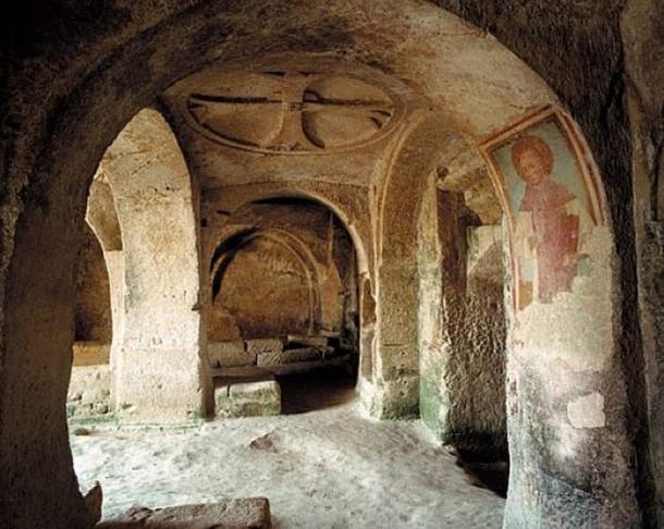 Inside one of the caves of the Convicinio di S. Antonio complex.