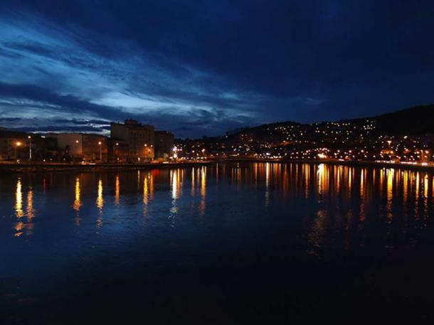 The city of Pontevedra.