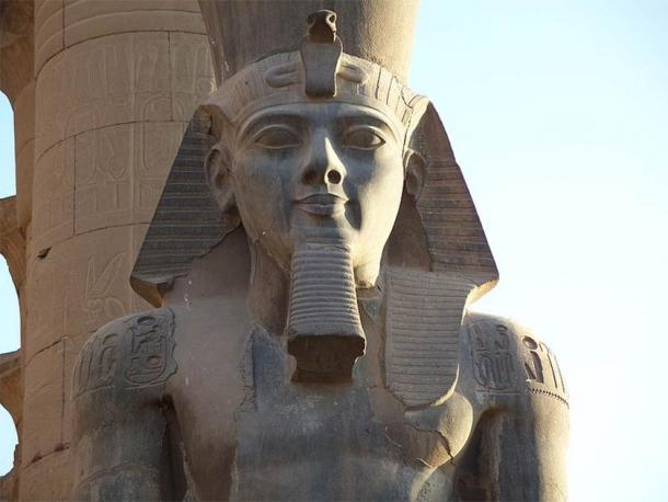 A closeup of the greatest pharaoh of them all: King Ramesses II Colossus at Luxor Temple. (Than217 / Public domain)