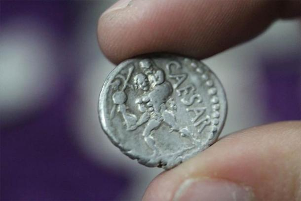 One of the ancient Roman coins discovered in the ancient city of Aizanoi, Kütahya province, Turkey. (Andalou Agency)