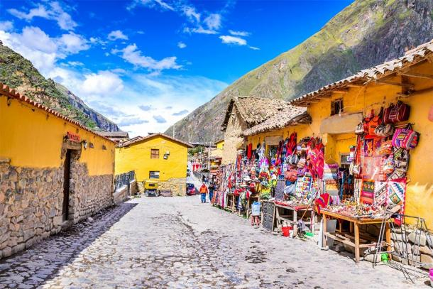 The colorful streets of Ollantaytambo, Peru which pass through the ancient Inca town and lead to the heights of Machu Picchu. (cge2010 / Adobe Stock)