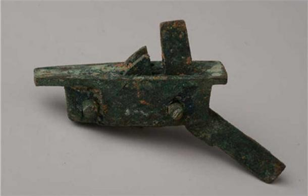 A crossbow mechanism from the site