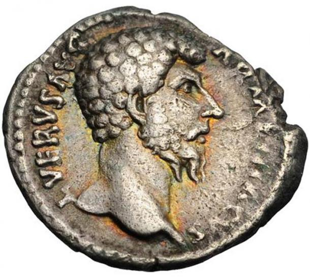 Denarius, standard Roman silver coin, of Lucius Verus. Inscription: L. VERVS AVG. ARMENIACVS. (Rasielsuarez / CC BY-SA 3.0)