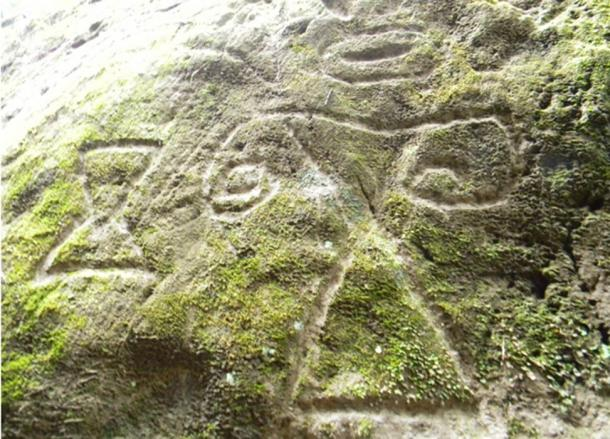 Some of the petroglyphs depict geometric shapes.