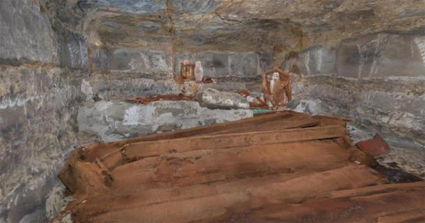 The newly discovered burial chamber with four wooden coffins. Credit: Ministry of Tourism and Antiquities