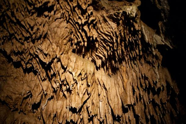 Dramatic stalactites along the domes of the Punkva Caves (Zsolt, A / CC BY-NC 2.0)