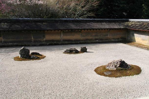 Ryōan-ji dry garden.