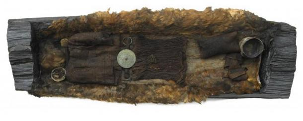 The coffin and remains of the Bronze Age Egtved Girl.