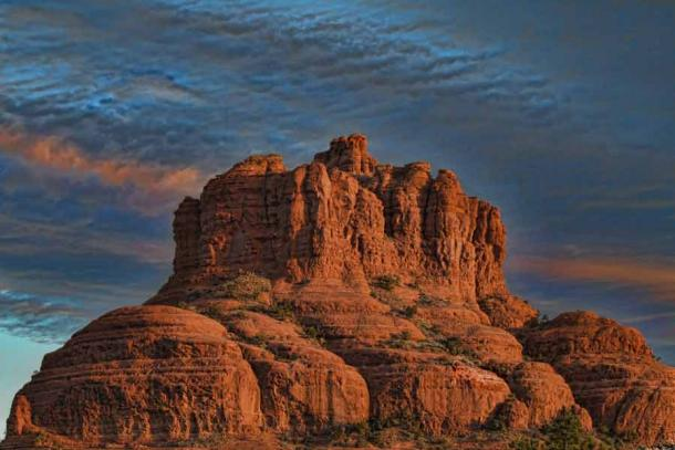 """With an elevation of 1,499 meters (4,919 feet) Bell Rock is a well-known """"butte"""" located just west of Courthouse Butte, north of the Village of Oak Creek, Arizona, south of Sedona in Yavapai County. (kwphotog / Adobe Stock)"""